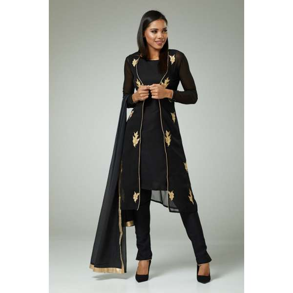 8e5e422d9 New trends, designs & colours in Indian Dresess & Indian Suits.