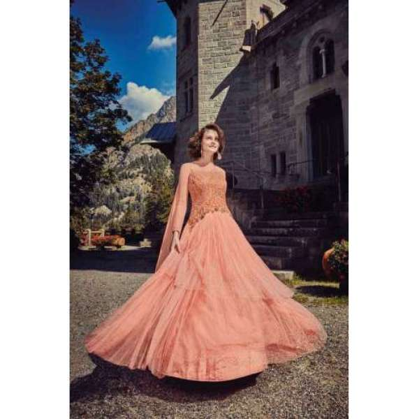 776879aa74b6 Indian Gowns| Evening Party Gowns Online| Bridesmaid| Asian Couture